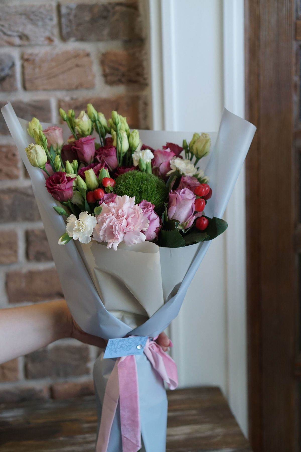 Доставка цветов, зеркальный букет бк